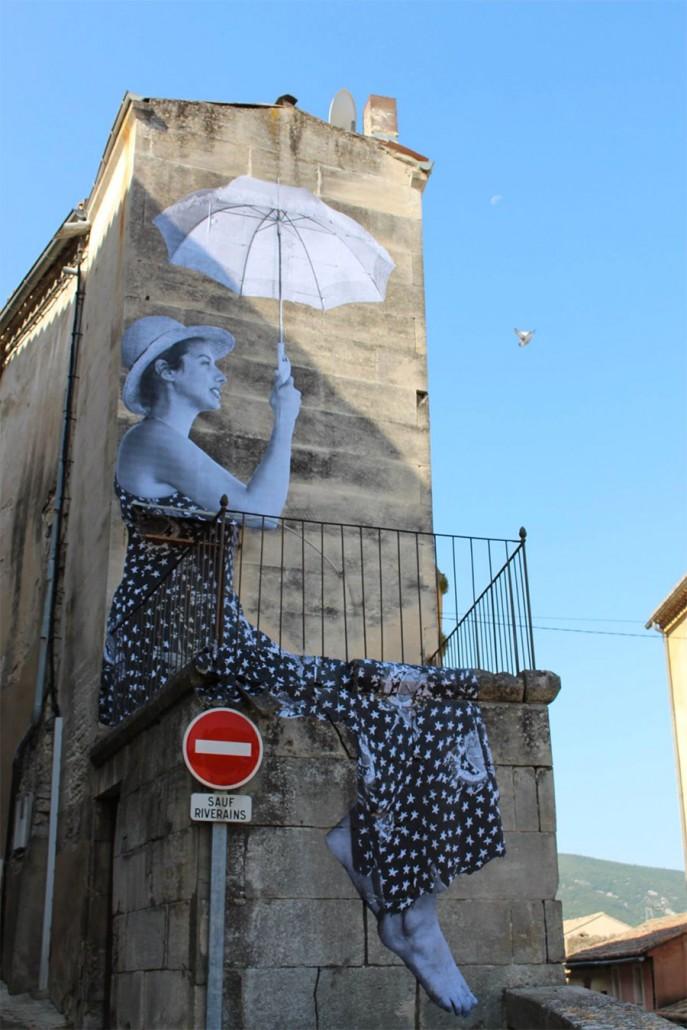 Jr  Artiste De Rue  U00e0 Bonnieux